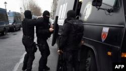Співробітники поліції Франції, 8 січня 2015 року
