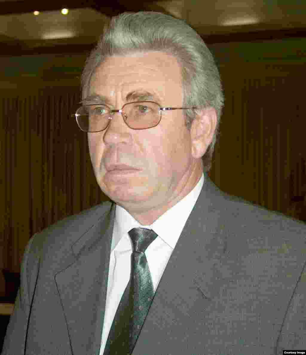 Николай Танаев - 2002 жылғы 22 мамырдан 2005 жылғы 25 наурызға дейін премьер-министр қызметін атқарған.