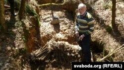 Барыс Хамайда знайшоў яму з чалавечымі парэшткамі