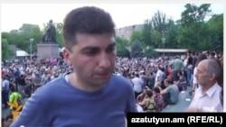 Один з координаторів протестного руху у Єревані Давид Санасарян, площа Свободи, Єреван, 6 липня 2015