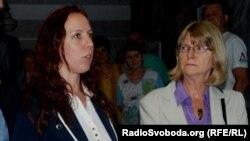 Співдоповідачі ПАРЄ Майліс Репс (ліворуч) та Марієтта де Пурбе-Лундін, Харків, 16 травня 2012 року, фото О. Овчинникова