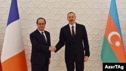 Presidenti azer, Ilham Aliyev dhe presidenti francez, Francois Hollande - Baku