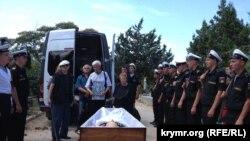 Севастополь, похороны общественника и историка Валерия Милодана