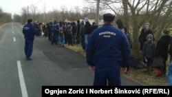 Mađarska policija vraća azilante