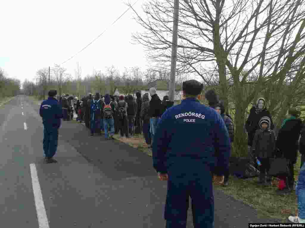 Policija privodi azilante sa Kosova