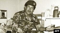 Уго Чавез во затворот Сан Франциско де Јаре, по неупсешниот државен удар против претседателот Карлос Андрез Перез во Каракас во 1992 година.