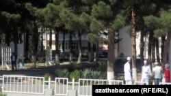 Больница имени С.Ниязова в Ашхабаде (иллюстративное фото)