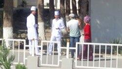 Türkmenabatda hassahananyň daşy gabaldy, Daşoguzda COVID-19 karantini üçin çadyr lageri döredildi