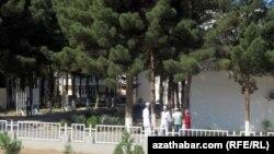 Aşgabadyň hassahanasy (illýustrasiýa suraty)