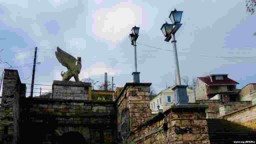 Великі Мітрідатські сходи –один із головних символів Керчі