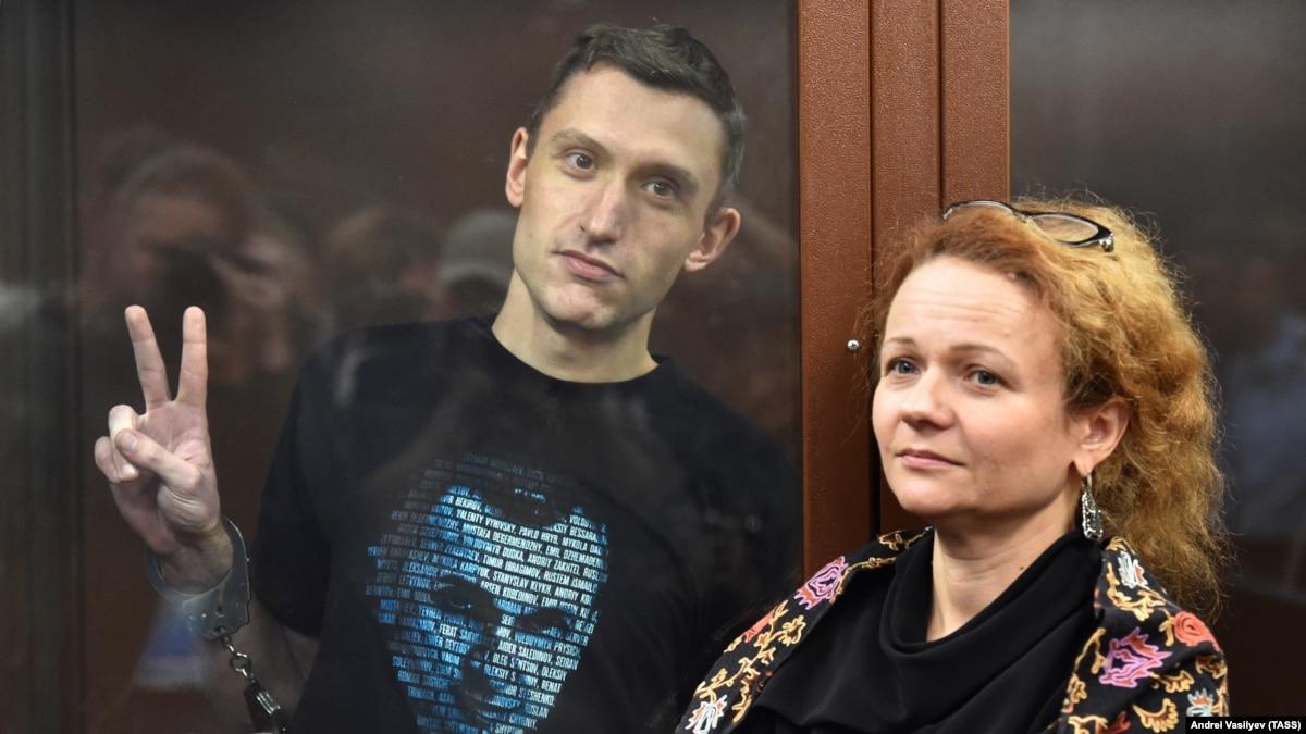 Суд в России отправил на новое рассмотрение «дело Котова», активист остается под стражей