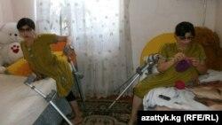 Зита (солдо) жана Гита (оңдо)