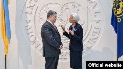 Президент України Петро Порошенко і директор-розпорядник МВФ Крістін Лаґард, архівне фото