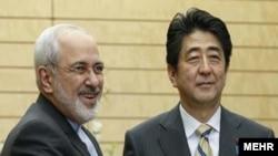 محمد جواد ظریف وزیرخارجه ایران و شینزو آبه نخست وزیر ژاپن