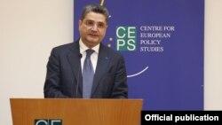 Belgium - Armenian Prime Minister Tigran Sarkisian speaks at the Center for European Policy Studies in Brussels, 4Jun2012.