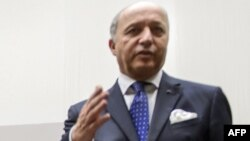 Францускиот министер за надворешни работи Лоран Фабиус