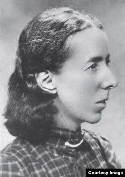 Анна Присманова