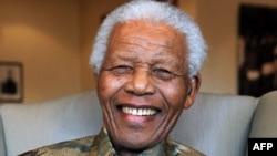Нельсон Мандела, 25-август, 2010-ж.