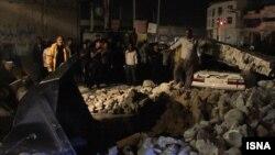 Бушер провинциясында болған жер сілкінісінен кейінгі көрініс. Иран, 28 қараша 2013 жыл