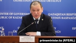 Еңбек және халықты әлеуметтік қорғау министрі Біржан Нұрымбетов.