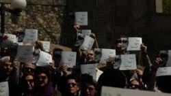 گزارش رادیویی بابک غفوریآذر درباره گردهمایی سینماگران بر سر مزار عباس کیارستمی