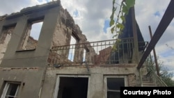 Развалины дома в селе Гугутианткари, разрушенного во время войны 2008 года
