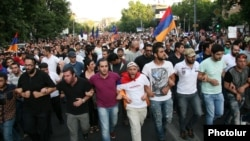 Armenia - Thousands of people demonstrate against a rise in eletrcity prices, Yerevan, 22Jun2015.