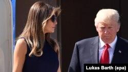 АКШ президенти Дональд Трамп жана биринчи айым Мелания Трамп.