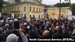 Акция мусульман у посольства Мьянмы в Москве