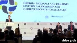 La lucrările Conferinței de Securitate de la Chișinău