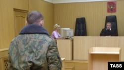 На последних заседаниях выяснялся вопрос: оказывалось ли давление на солдат-свидетелей