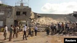 Йемендегі жарылыс болған жер. (Көрнекі сурет)