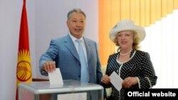 Курманбек Бакиев с официальной супругой Татьяной Бакиевой