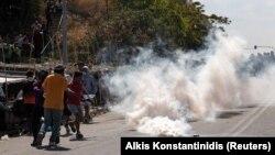 Протест на мигранти во Лезбос
