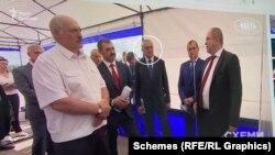 На одному з відео з олігархом Воробей стоїть поруч з Олександром Лукашенком