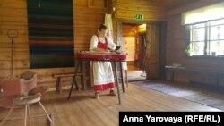 Современный вариант народного карельского инструмента кантеле