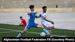 مسابقه فوتبال میان تیم های مولانا محمد خدیمِ و موج ساحل