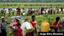 Više od 600.000 Rohindža pobeglo je iz mjanmarske države Rakin u susedni Bangladeš zbog nasilja