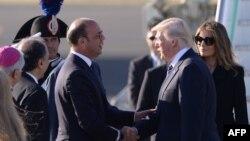 D.Trump Italiyaya gəlib