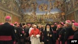 Церковна служба у Сикстинській капелі під час синоду католицьких єпископів разом з лідерами протестантської та православної церков, Ватикан, 21 жовтня 2008 р.