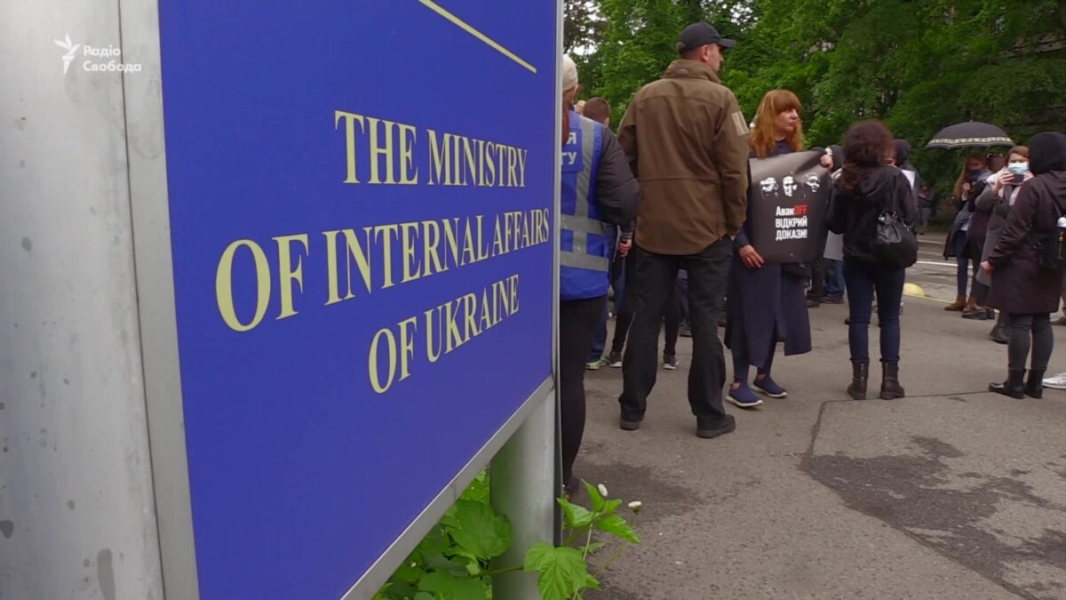 Дело Шеремета: адвокаты подозреваемых требуют возможности ознакомиться с материалами дела – видео