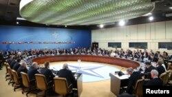 Nga takimi i NATO-s në Bruksel, më 1 prill 2014.