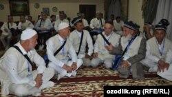 Меккеге аттанган өзбекстандыктар.
