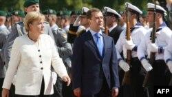 Меркел Медведев менен, 16-июл, 2009-жыл