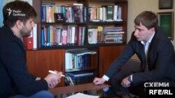 Заступник мера Києва Володимир Бондаренко всіляко уникав відповіді на запитання про диплом