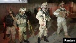 Афганский спецназ на месте нападения талибов в Кабуле, 11 декабря 2015