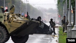 Troops on the streets of Nalchik following an attack by militants on October 17, 2005.