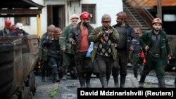 Ткибульские шахтеры (архив)