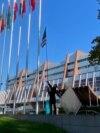 Митинг чеченцев у здания Совета Европы. Страсбург, 9 октября / Rally of Chechens in front of the Council of Europe. Strasbourg, October 9