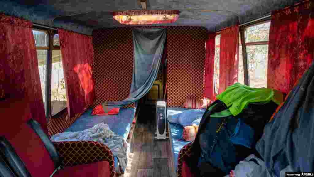 Житловий салон автобуса виробництва Індії «Гаруда»